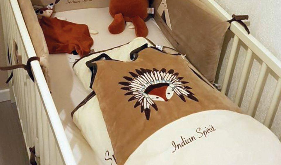 gigoteuse bébé de la collection indian spirit marque Les Chatounets, spécialistes de la vente en ligne de puériculture et vêtements pour bébé, prématuré à 24 mois