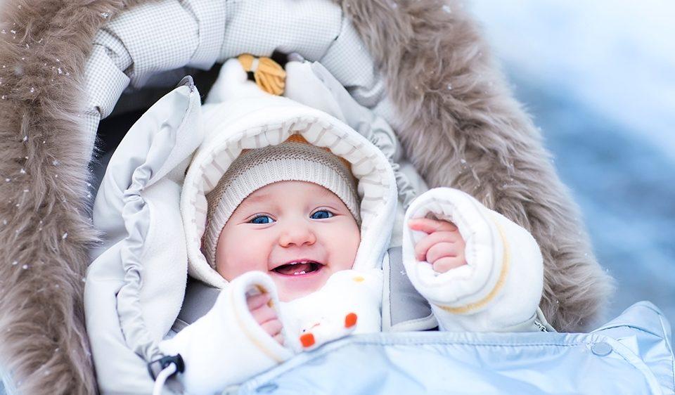 sortir avec bébé, bien habiller bébé pour sortir avec le froid de l'hiver dans les Pyrénées Orientales - 66